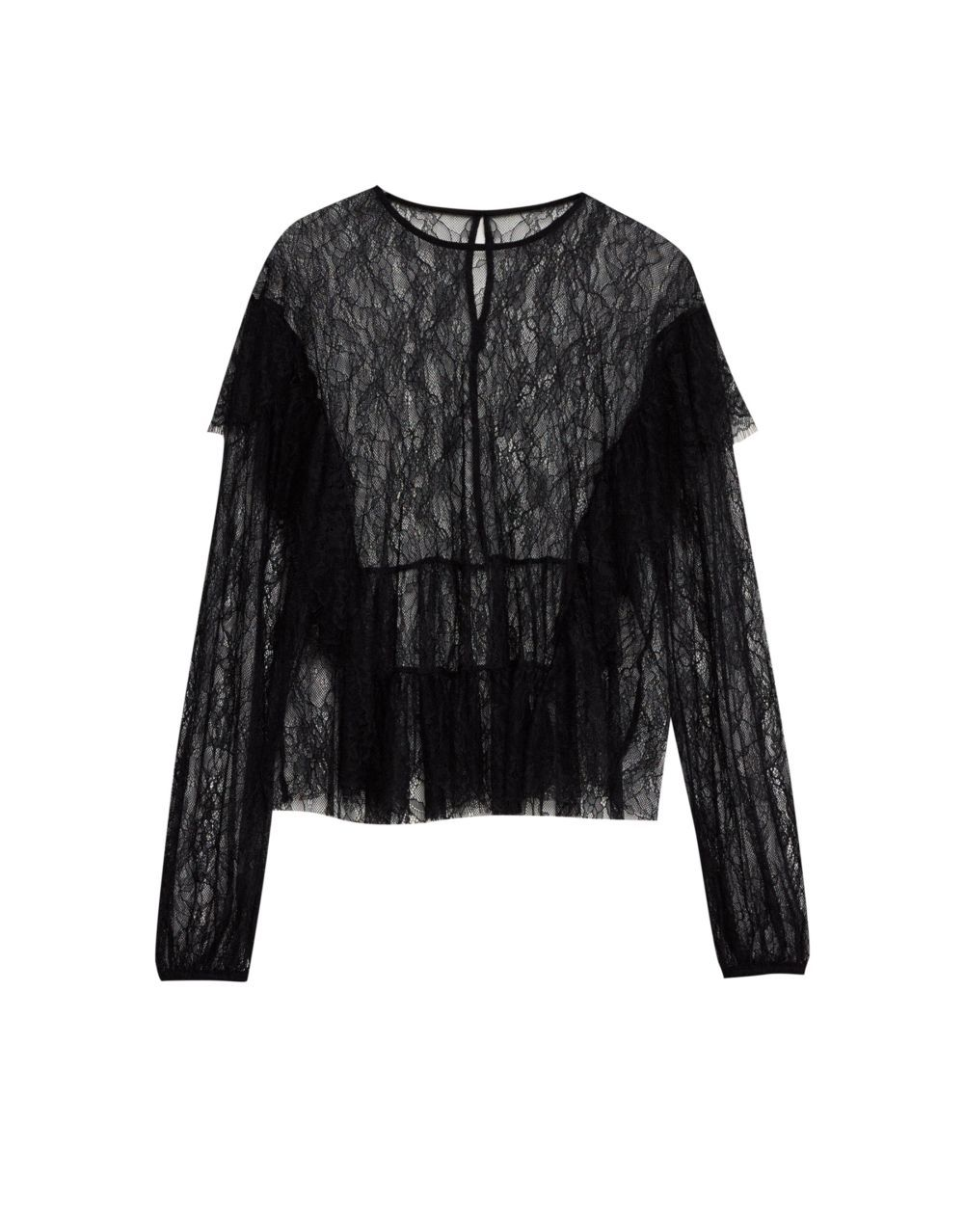 Camisa de encaje negro de Pull&Bear (22,99 euros)