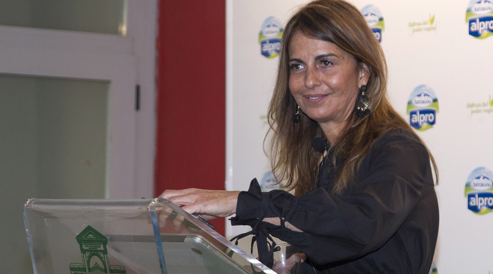 La chef y experta en nutrición, Adriana Fatat, en el reto de comida...