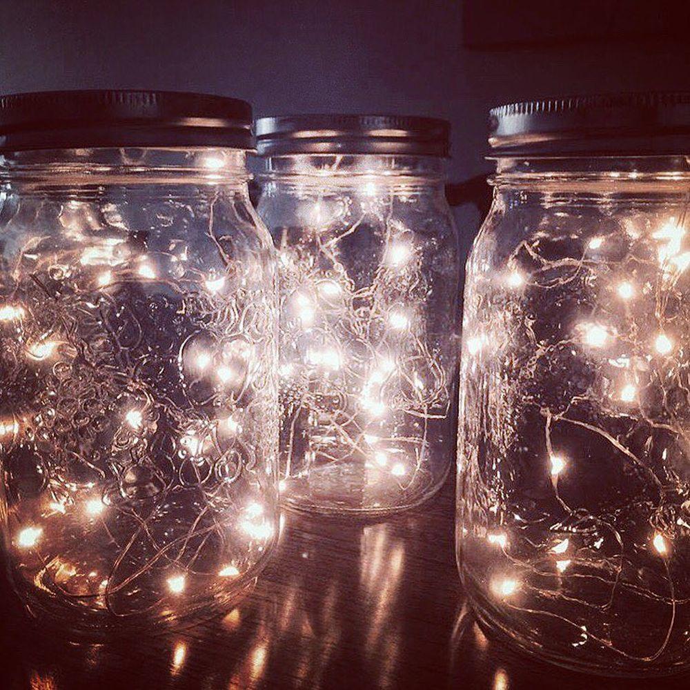 Los tradiciones tarros y botellas de cristal se modernizan llenándose...