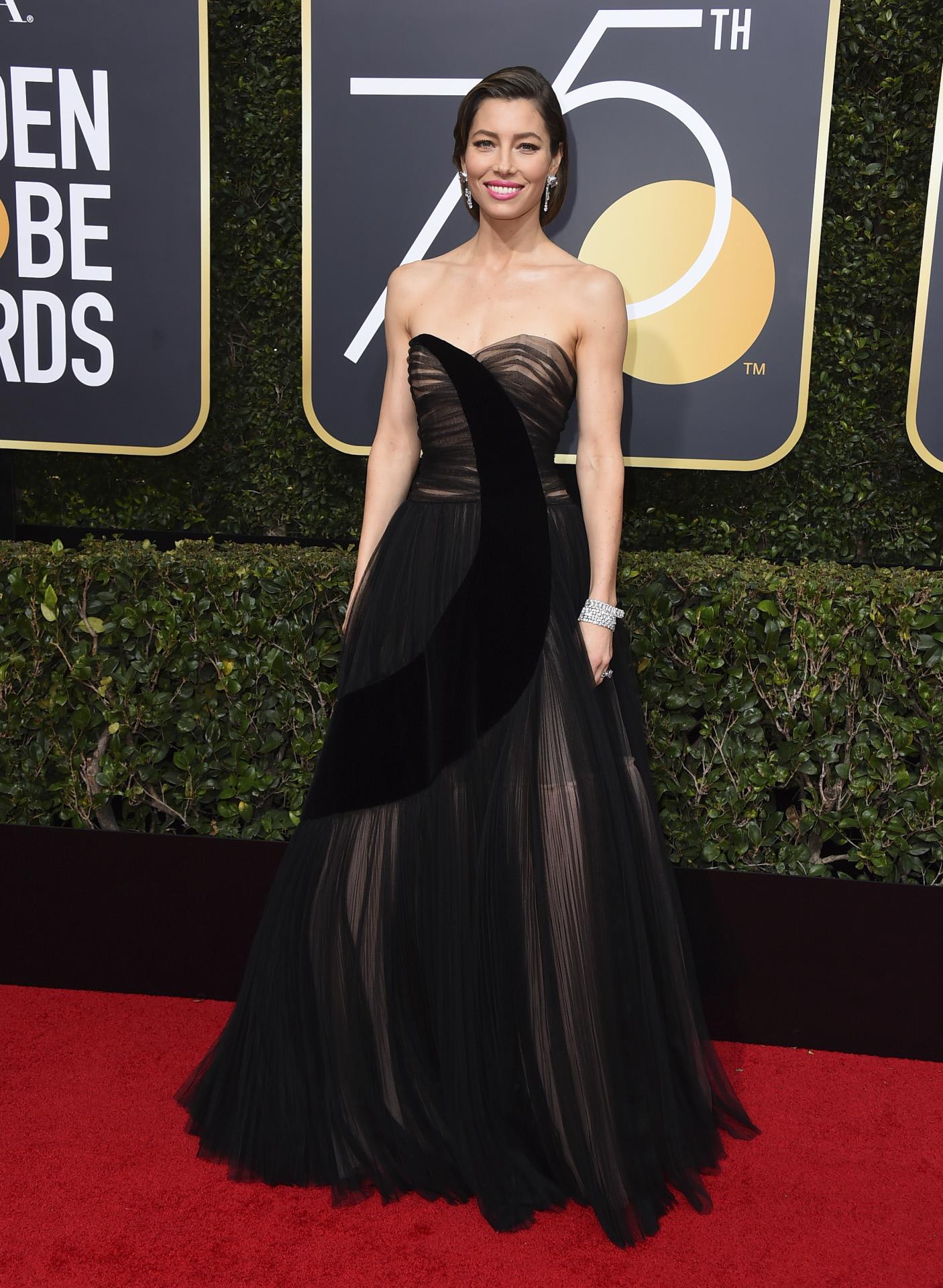 Jessica Biel vestida de Dior.