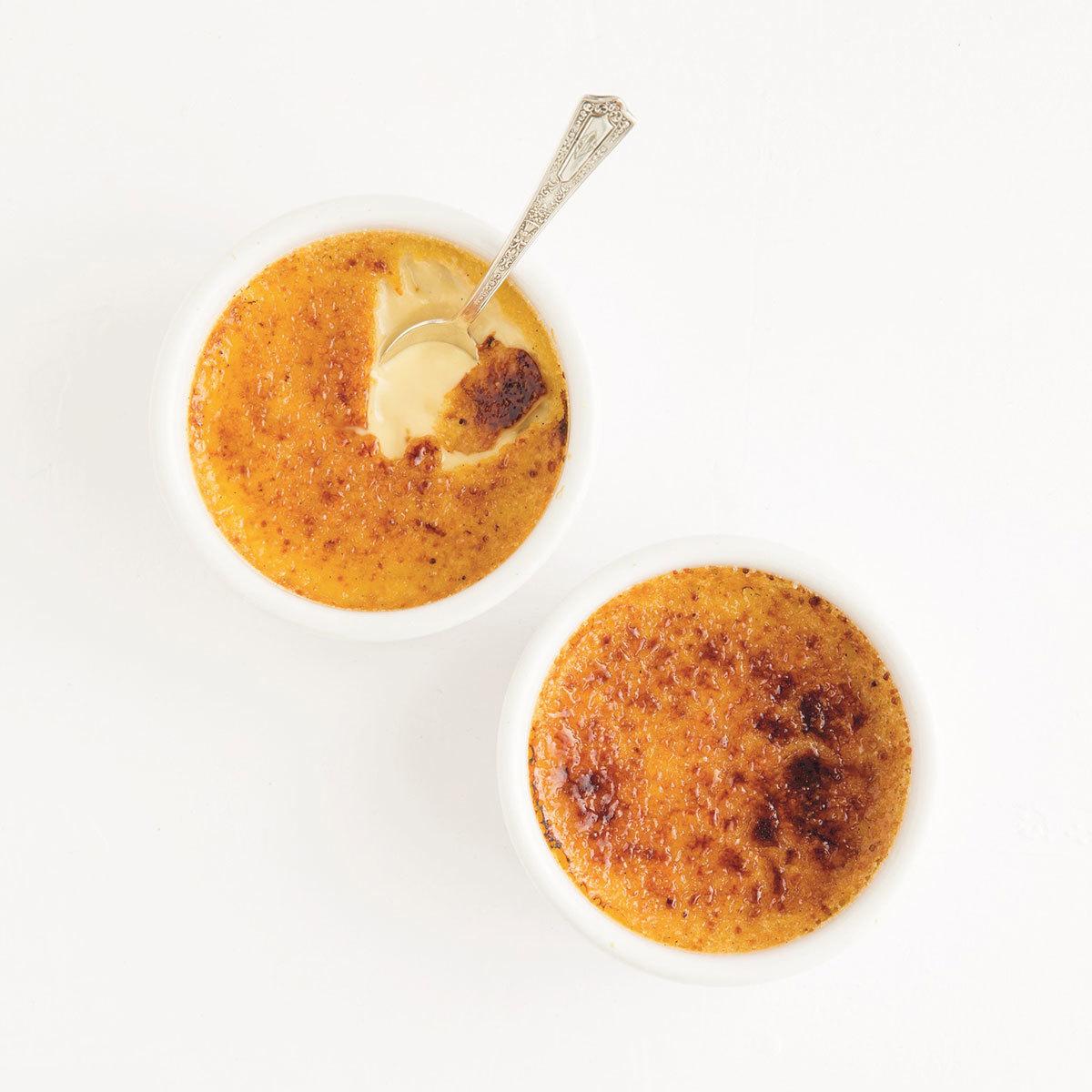 Crema catalana con coco y lima