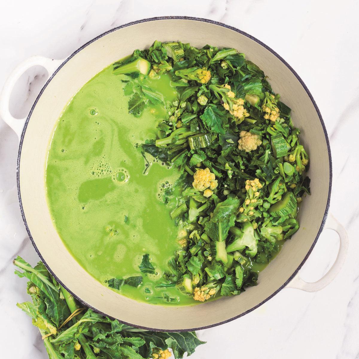 Sopa de brócoli blanco