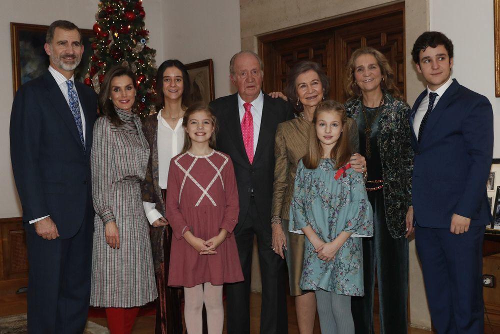 La Familia Real posó con motivo del 80 cumpleaños de Don Juan...