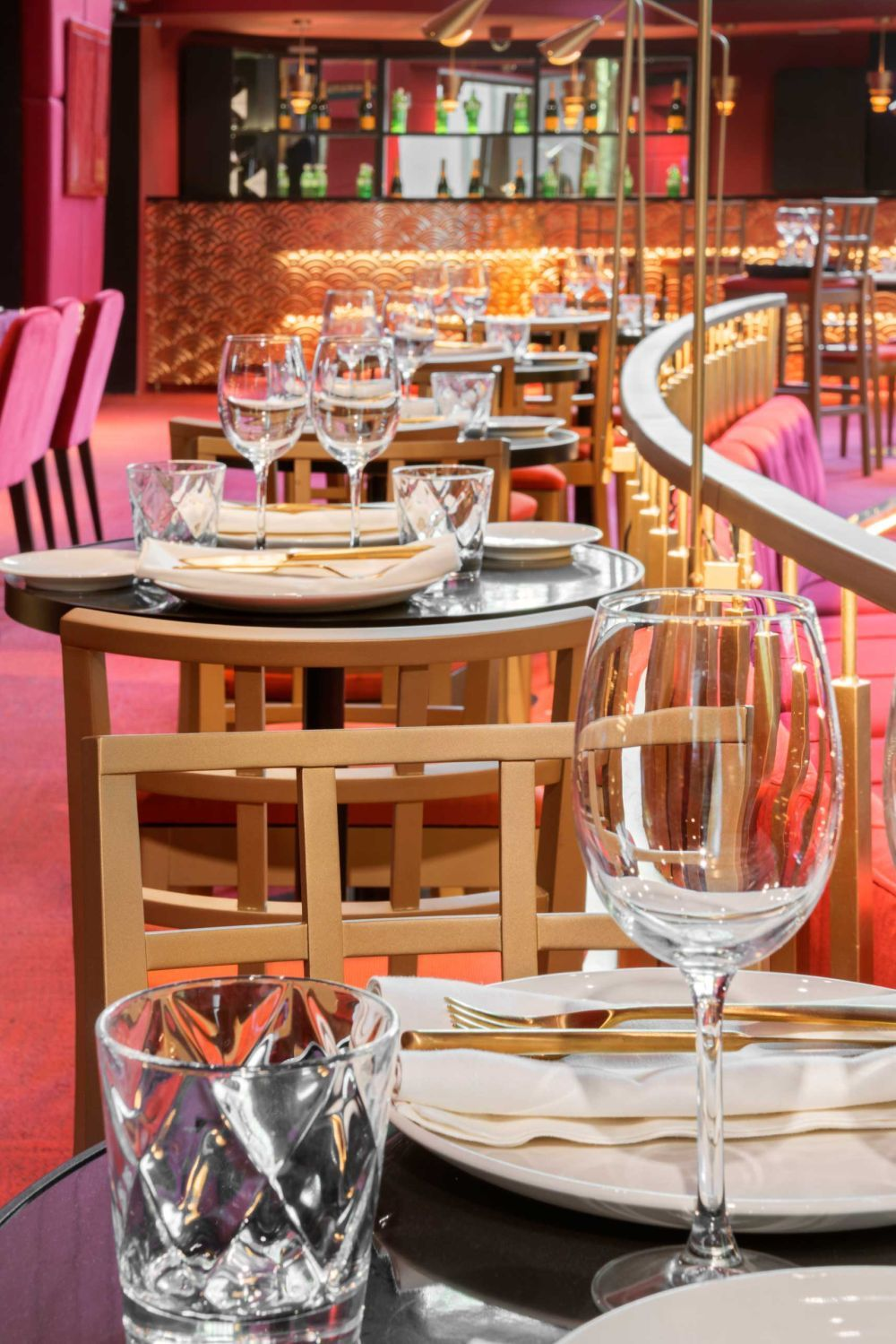 Fue sin duda este espacio el que recuperó la tendencia de la cena con...