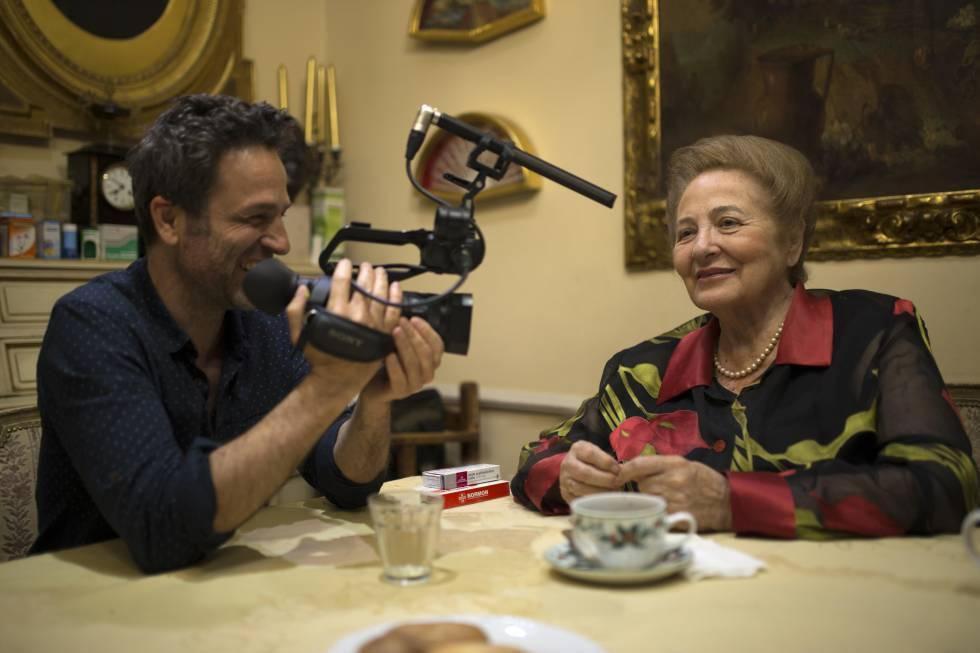 Gustavo Salmerón grabó durante 14 años a su familia para realizar...