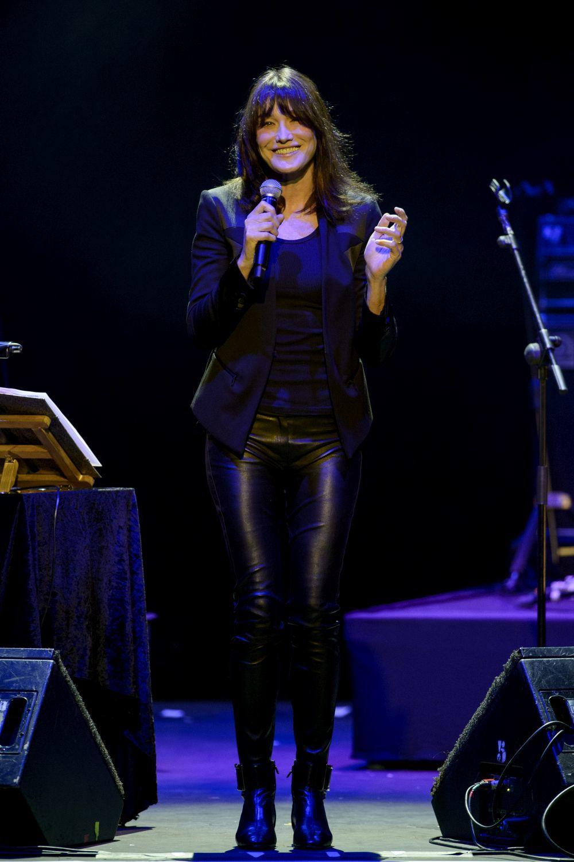 Carla Bruni en su concierto en Madrid