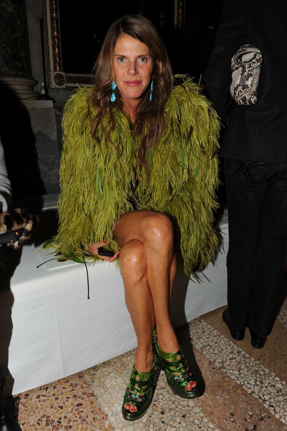 Anna Dello Russo pone a la venta sus impactantes prendas de  Dolce &...