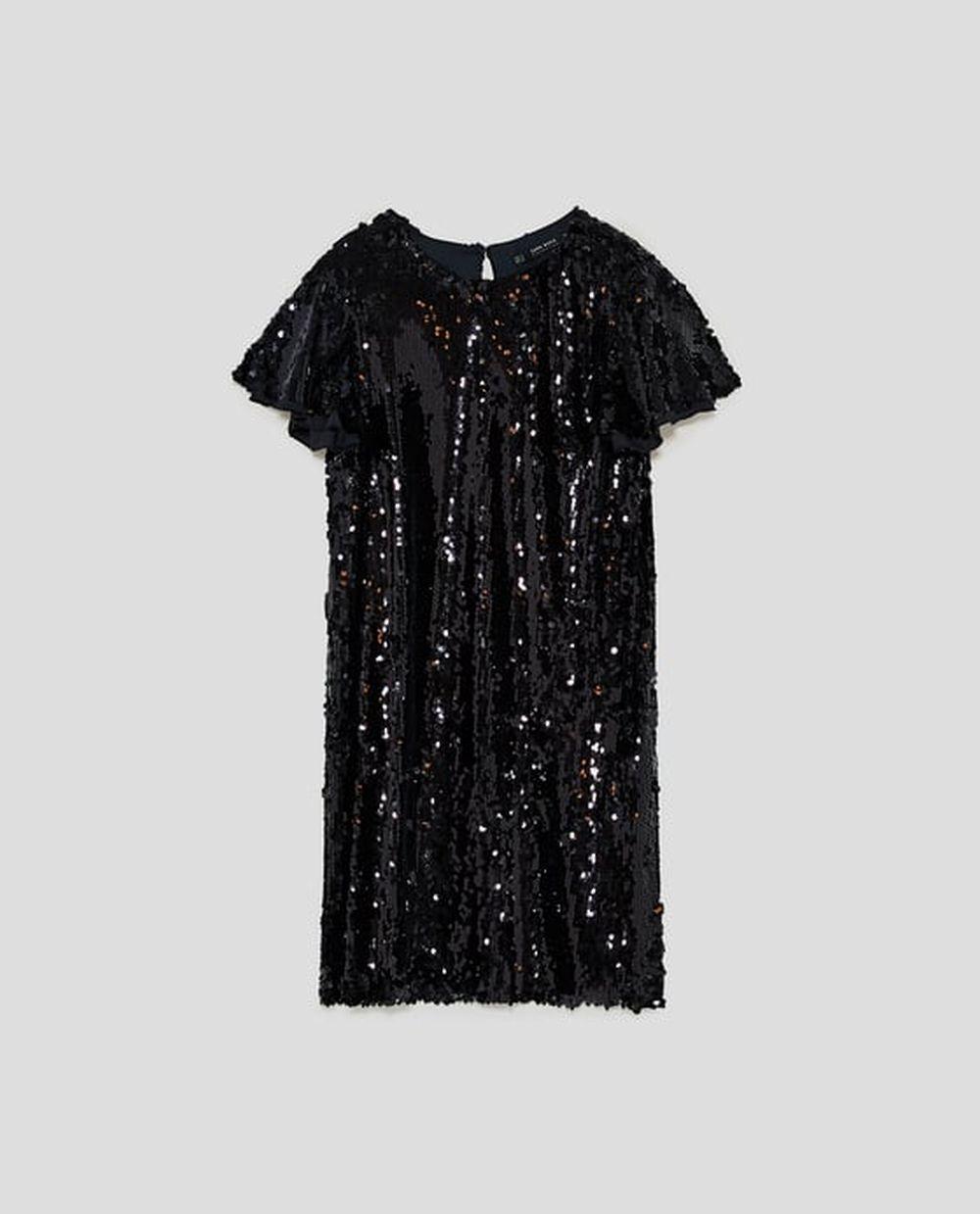Vestido de lentejuelas de Zara (19,99 euros)