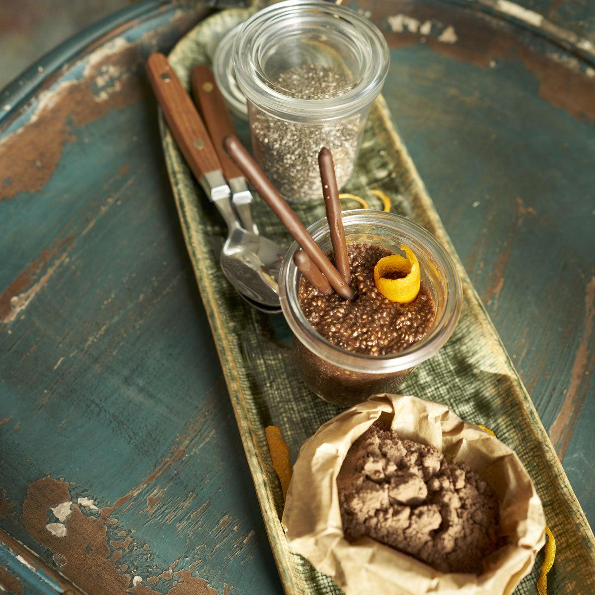 Vasitos de chía y cacao