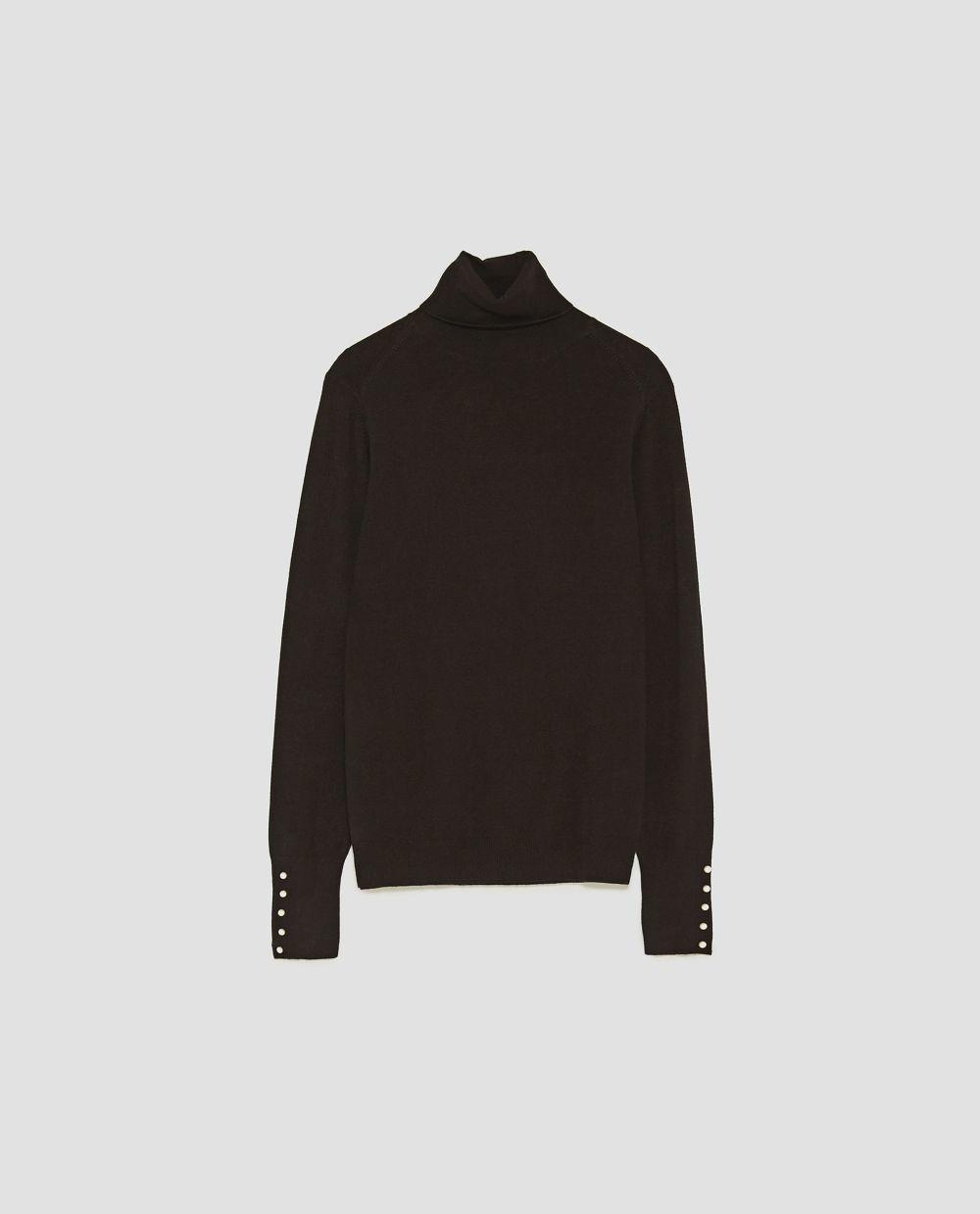 Jersey de cuello alto de Zara (19,95 euros)