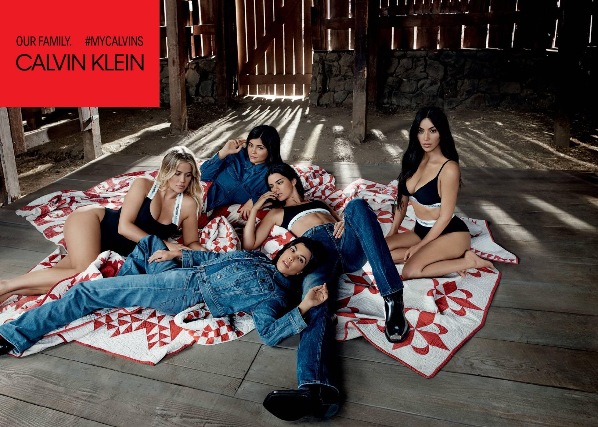 Las hermanas Kardashian-Jenner, en la campaña de Calvin Klein...