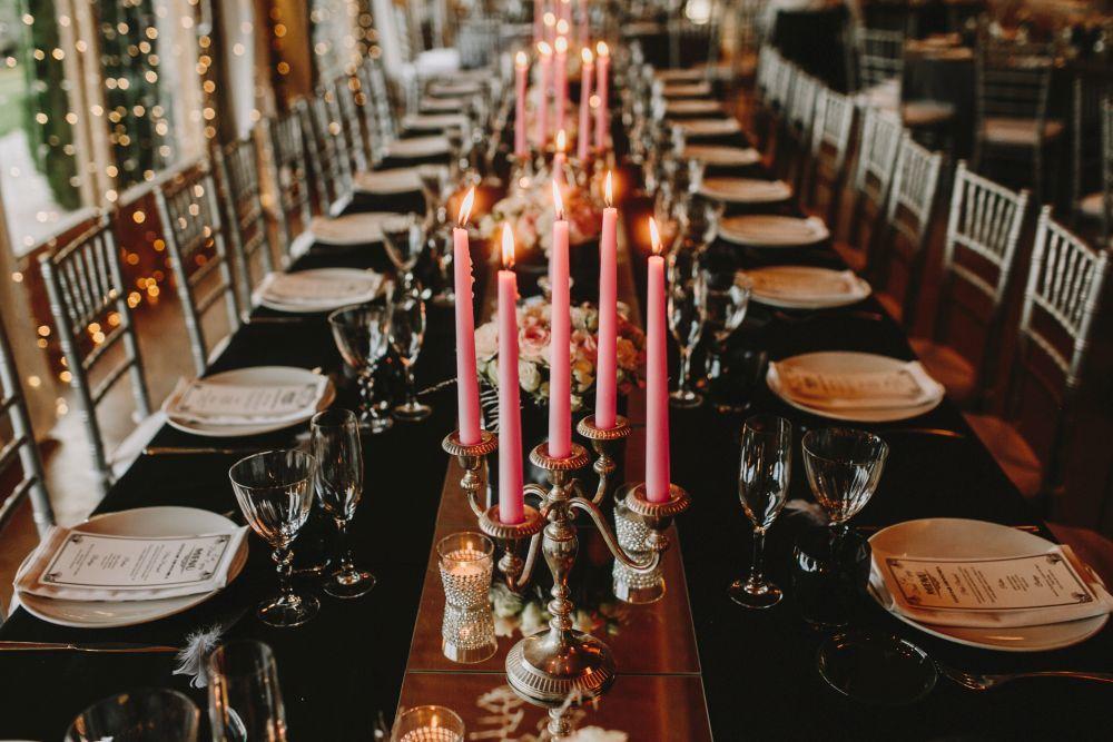 Toda la decoración de la boda estaba inspirada en la estética de los...
