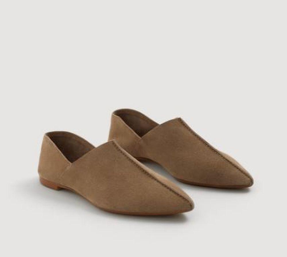 Zapato plano de piel de Mango (29,99 euros)