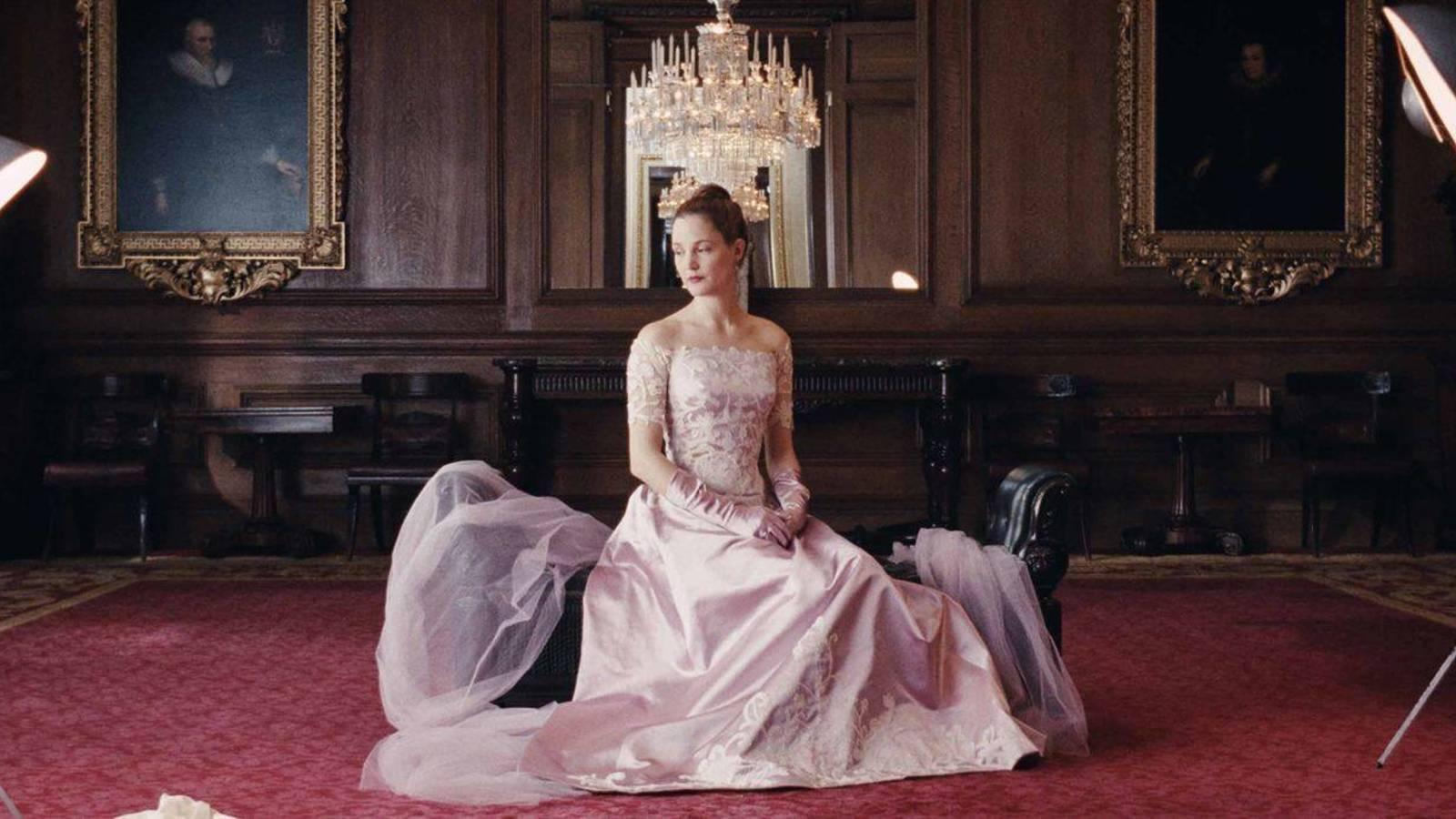La actriz alemana Vicky Krieps interpreta a la sufrida Alma.
