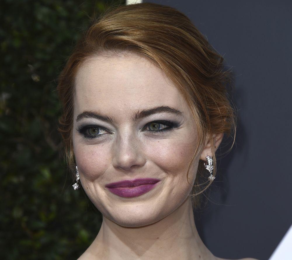 """La actriz Emma Stone se suma al """"Crimped hair"""""""