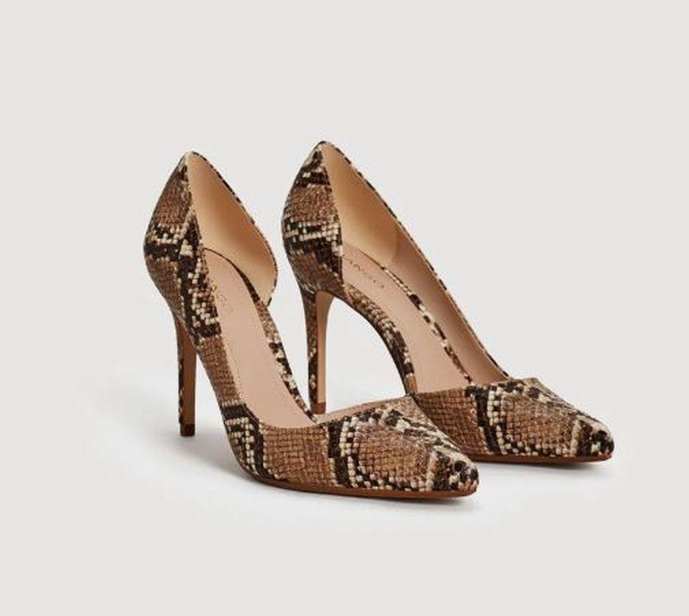 Zapato de serpiente de Mango (29,99 euros)