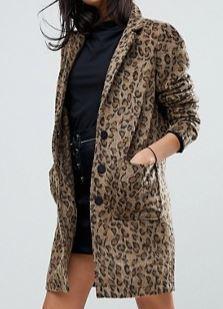 Abrigo leopardo, ASOS (104,99 euros)