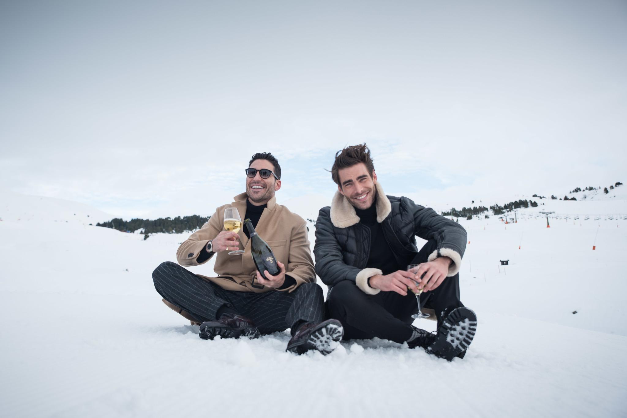 Miguel Ángel Silvestre y Jon Kortajarena, dos buenos amigos felices...
