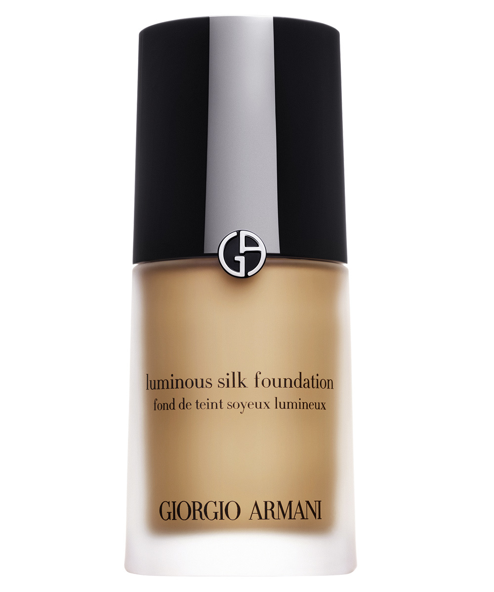 Luminous Silk Foundation de Giorgio Armani Beauty.