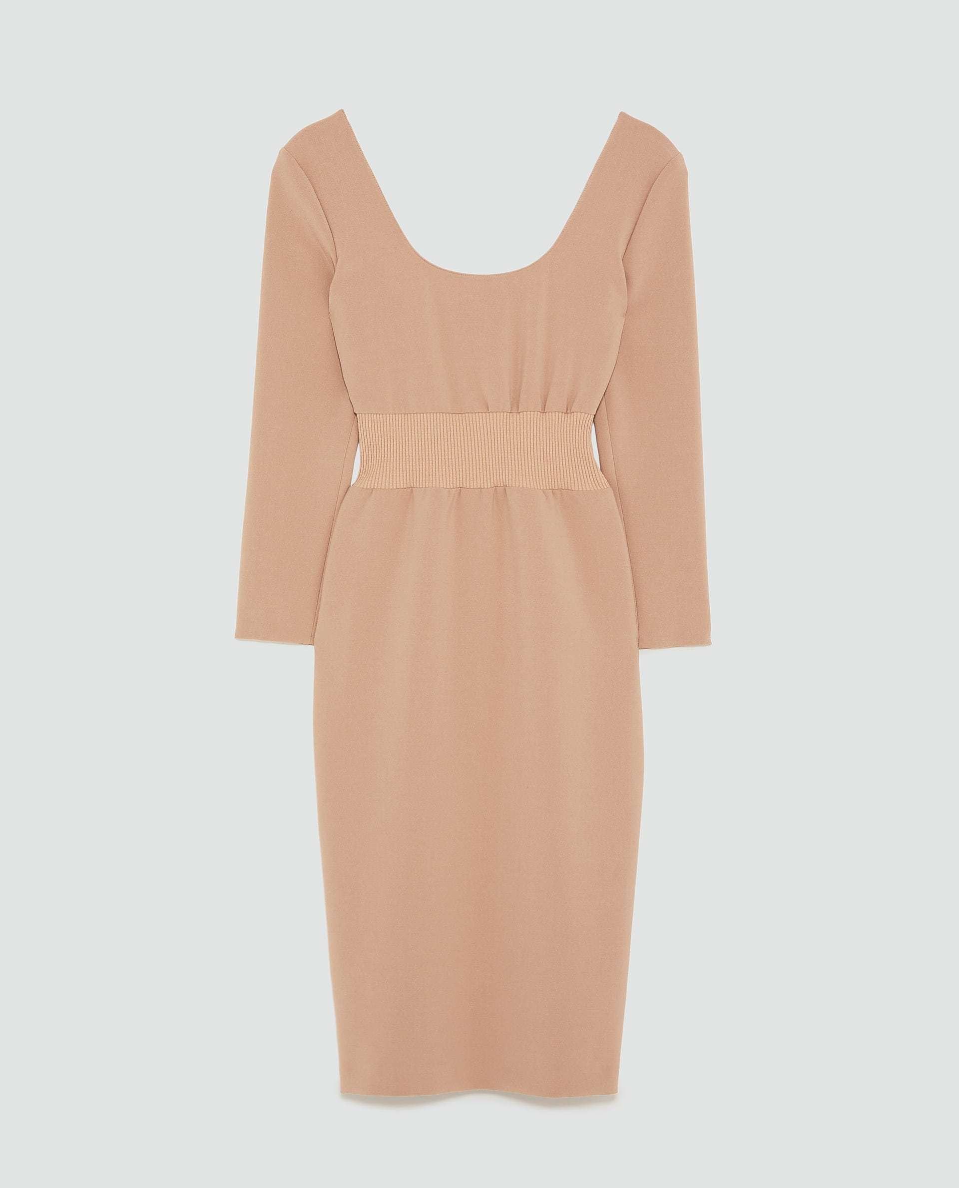 Vestido de Zara (49,95 euros)