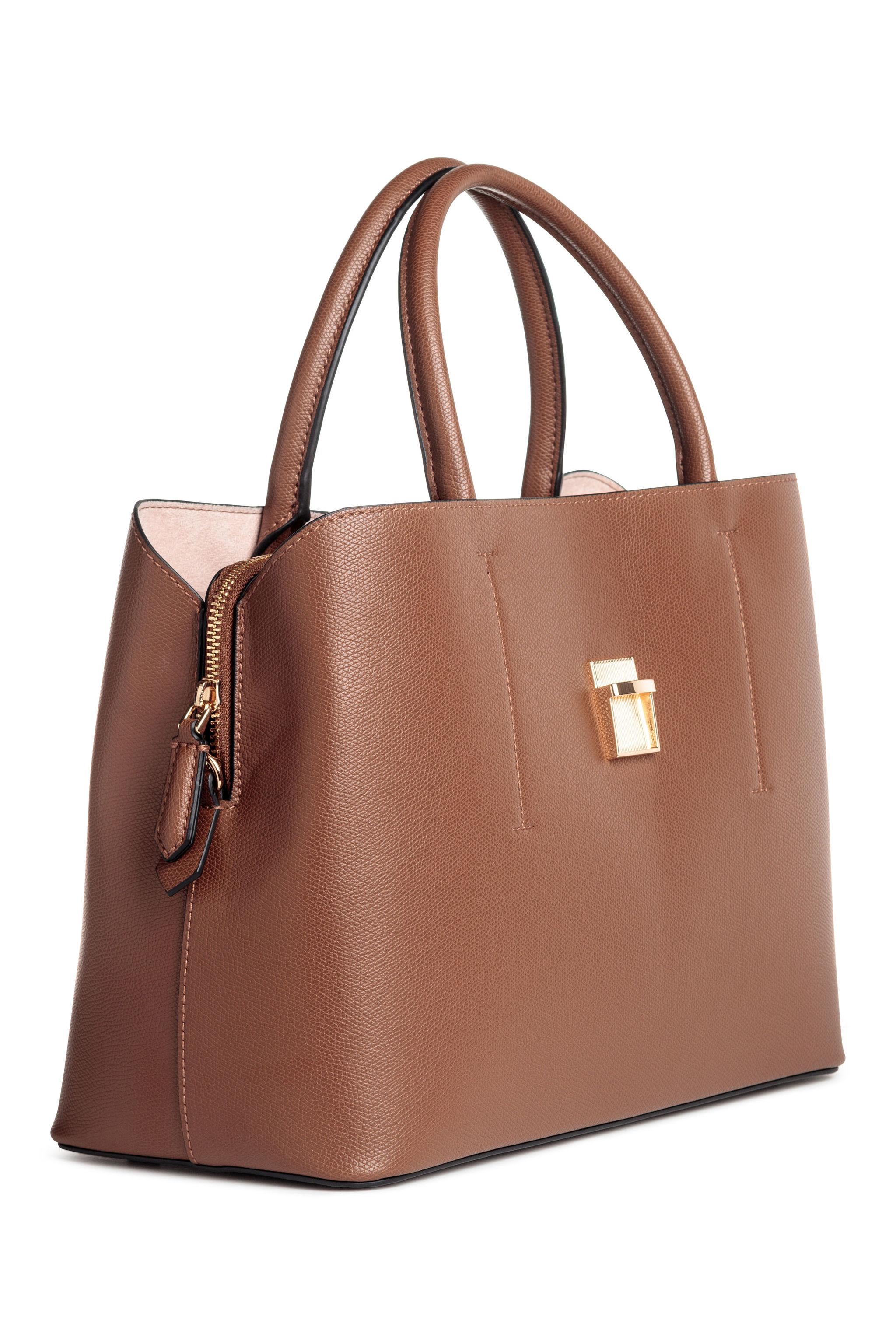 Bolso de mano de H&M (39,99 euros)