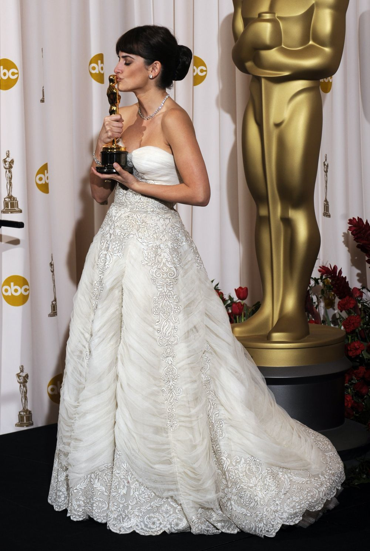 En 2009, Penélope Cruz sucumbió a Balmain con un vestido vintage en...