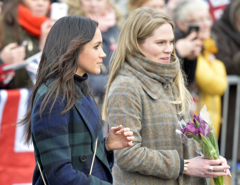 Meghan Markle y su asistente personal, Amy Pickerill.