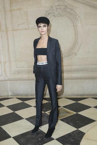 La modelo Cara Delevigne es el look del día.