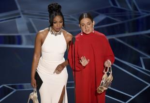 Tiffany Haddish y Maya Rudolph en los Oscar 2018.
