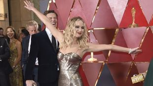Jennifer Lawrence en la alfombra roja de los Premios Oscar 2018.