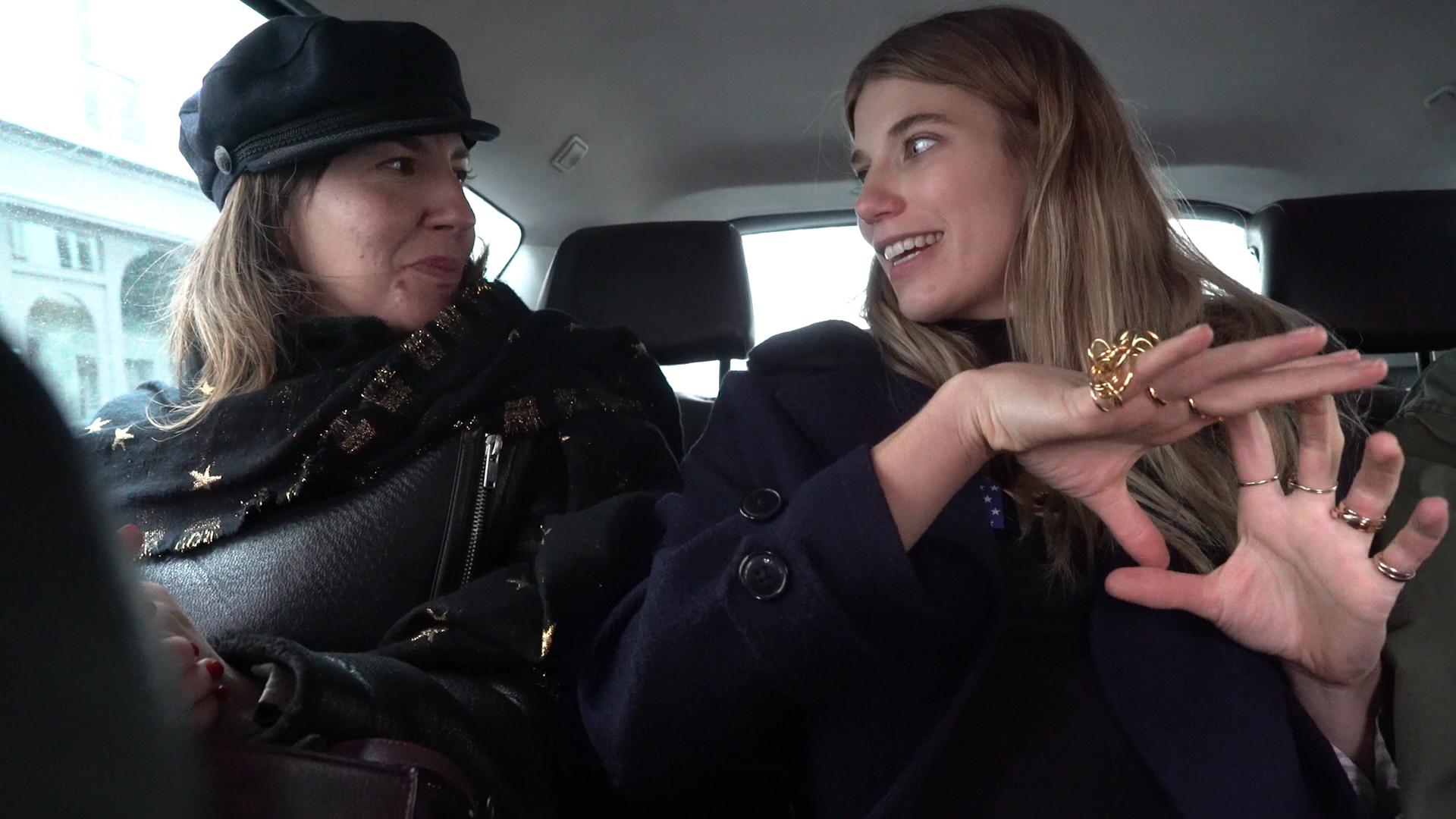 En el coche con Veronika Heilbrunner.