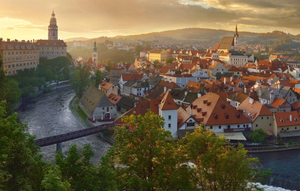 La Semana Santa tradicional también llega a las ciudades checas con...