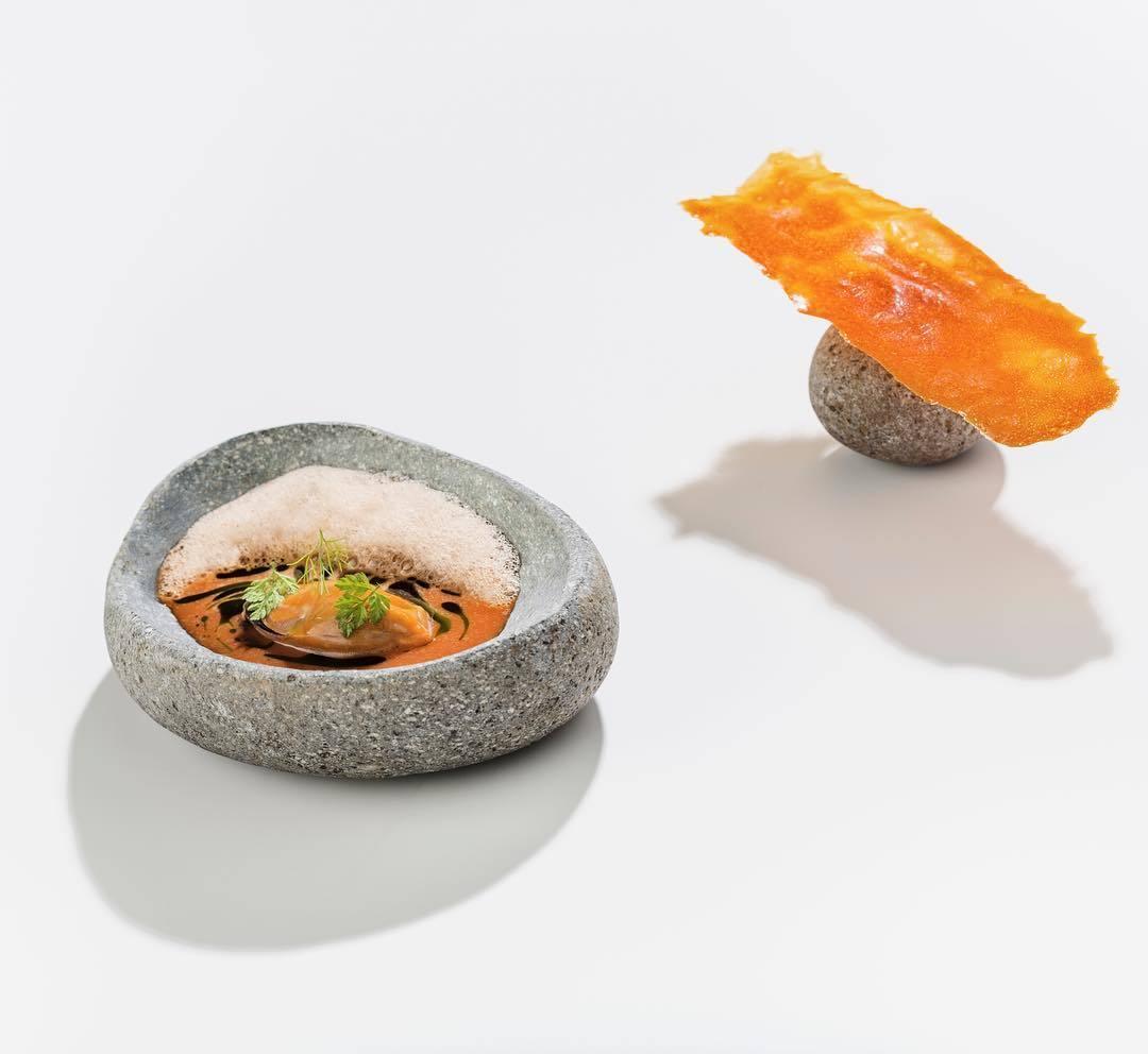 Un templo foodie frente a la playa de Las Marinas. A su mesa, sin...
