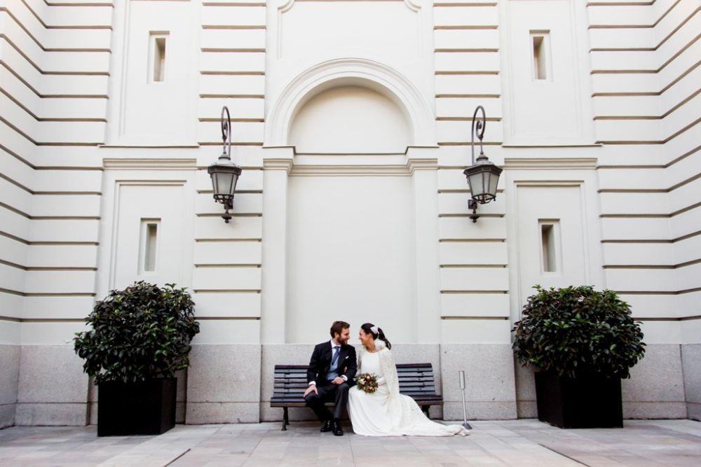 Belén y Álvaro se casaron en una boda muy invernal, con toques...