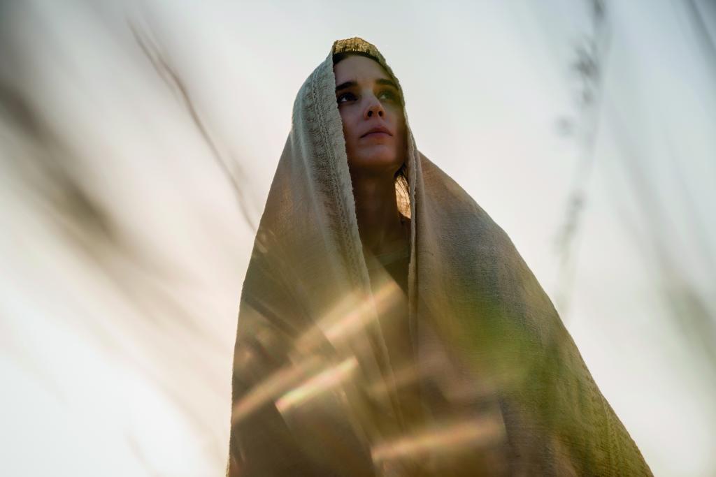 """Fotograma de la película """"María Magdalena"""", con Rooney Mara como..."""