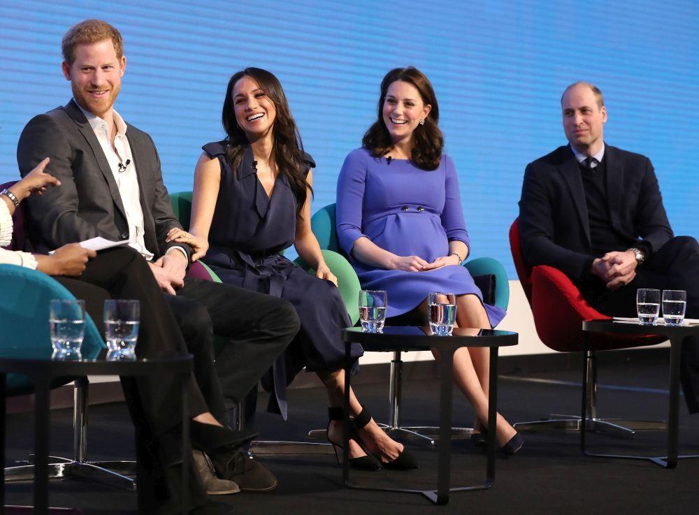 Los Duques de Cambridge y Harry y Meghan en un acto.