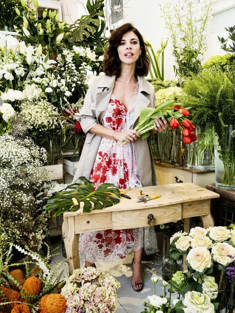 Maribél Verdú en la floristería Margarita se llama mi amor.