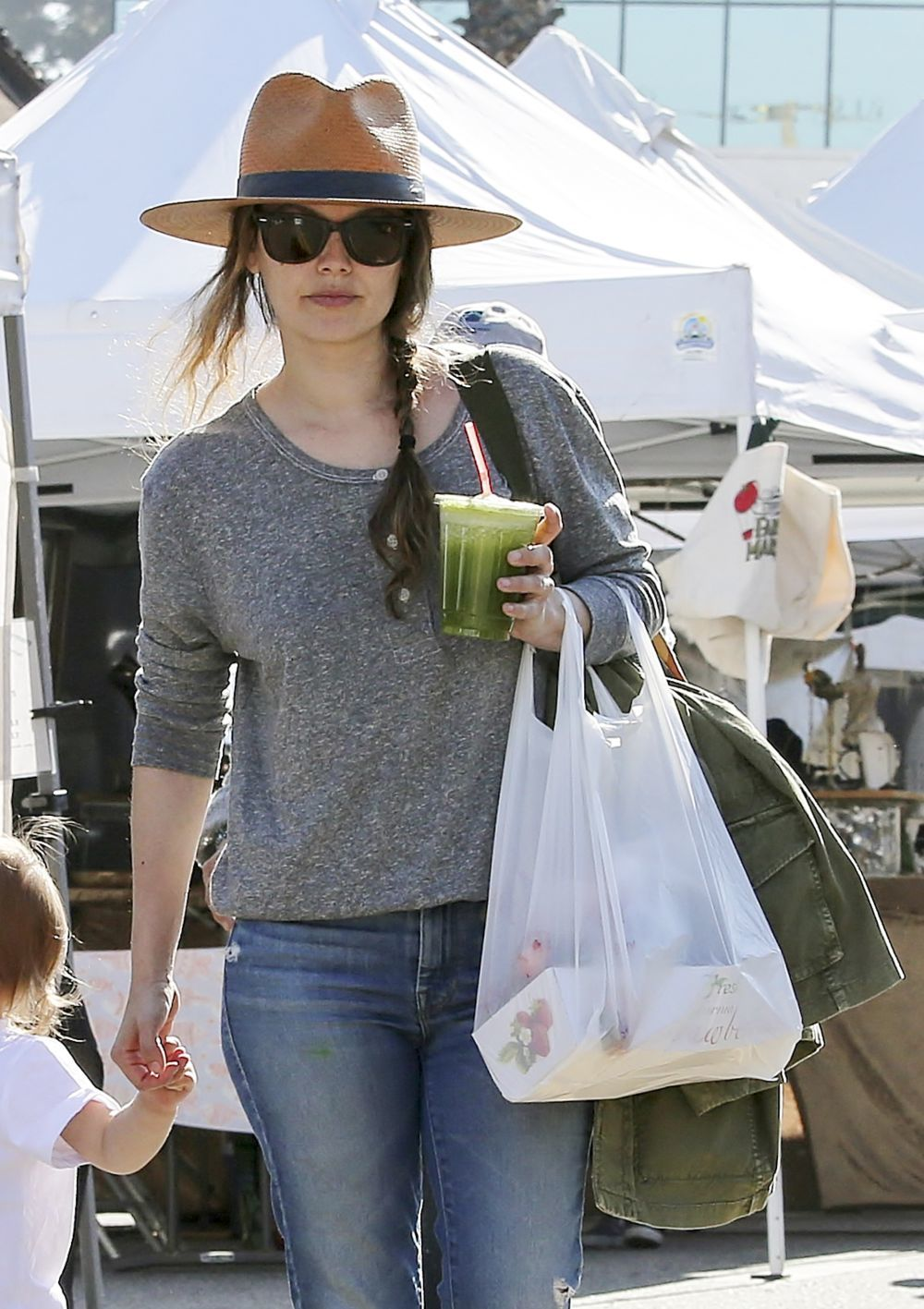 Rachel Bilson y su smoothie.