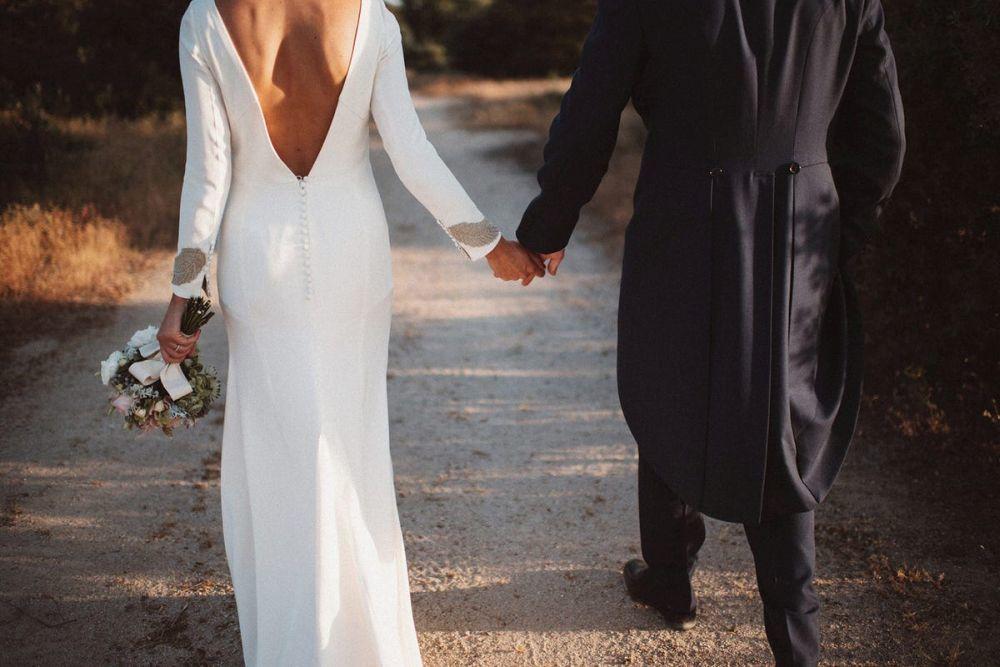 María y Rodrigo se casaron en una boda de aires campestres y detalles...
