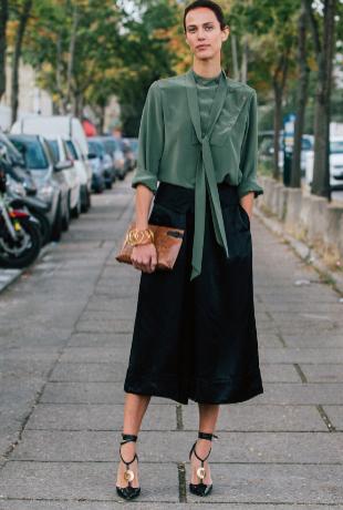 Aymeline Valade con falda pantalón