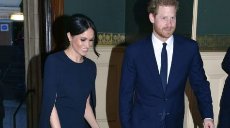 Meghan Markle y el príncipe Harry en su llegada al Royal Albert Hall...