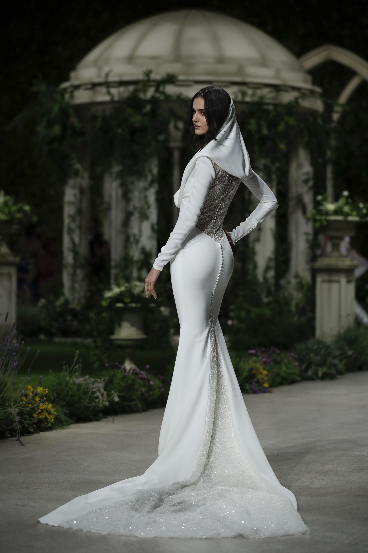 La modelo Blanca Padilla en el desfile de Pronovias 2019
