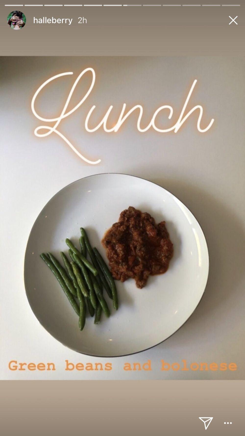 A la hora de comer, Halle Berry apuesta por las verduras verdes y una...
