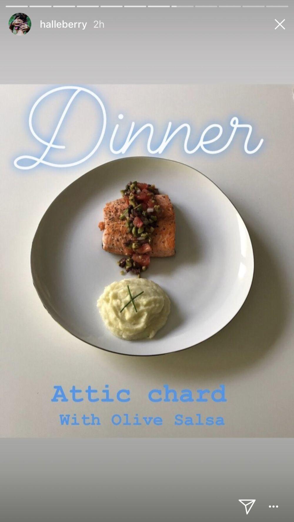 Para cenar, Halle Berry se decanta por pescado magro como la trucha y...