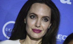 Primer plano de Angelina Jolie.