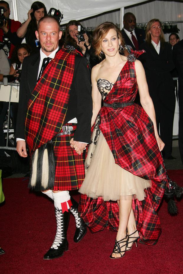 Sarah Jessica Parker con McQueen.