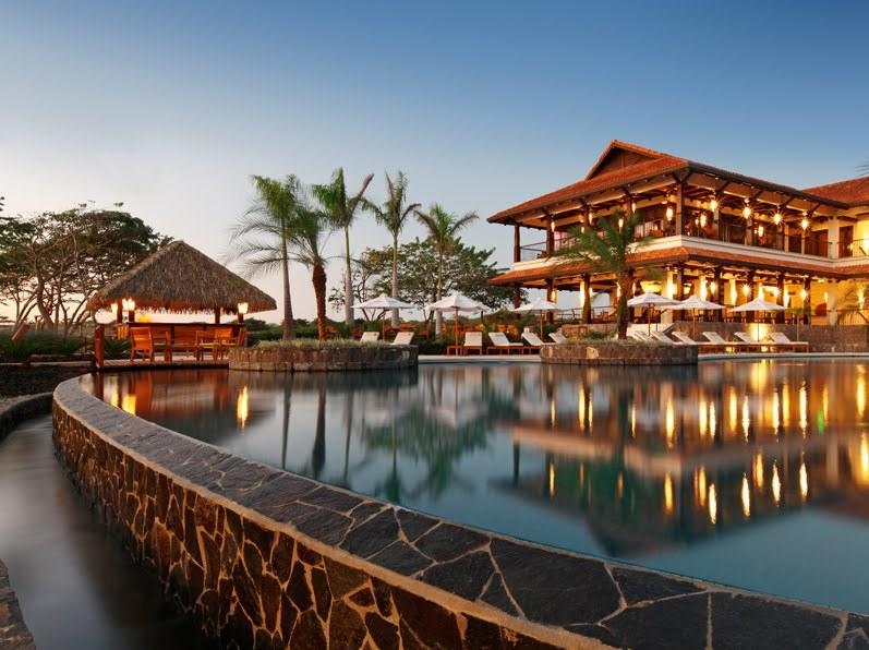 Awared Luxury Beach Villa