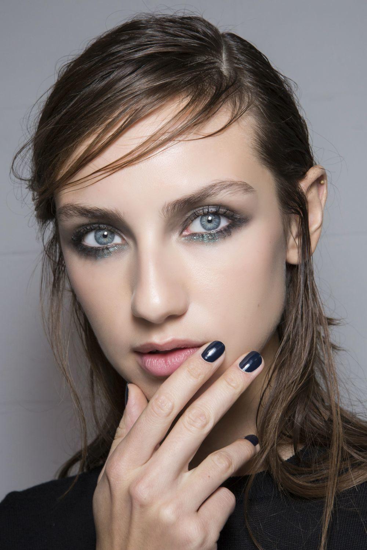 Azules, verdes, blancos, el nail art más sorprendente y en tonos...