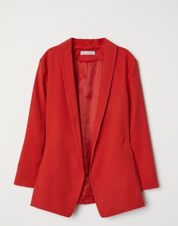 Blazer de H&M por 39,99 euros.