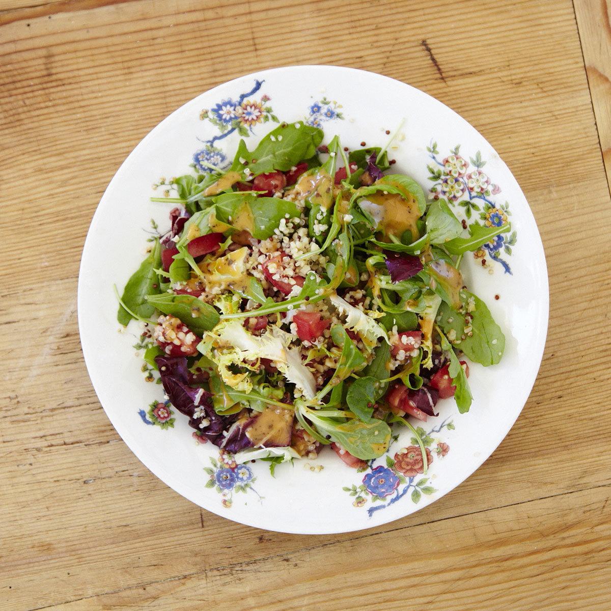 Ensalada gourmet con quinoa de Samantha Vallejo-Nájera
